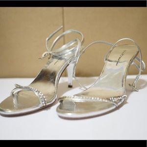 Michael Antionio Silver Heels Size 7.5